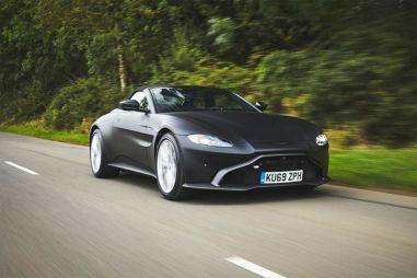 Aston Martin опубликовал фотографии люксового родстера Vantage