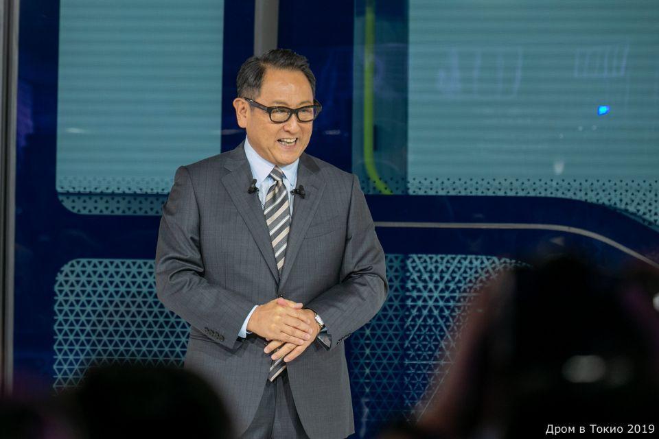 Президент Toytota Тоёда Акио