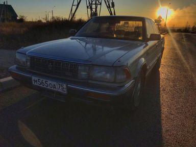 Toyota Crown, 1989