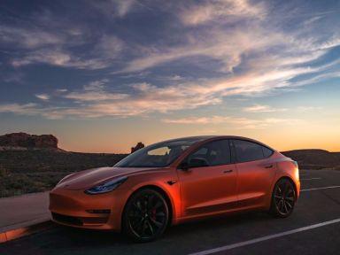 Tesla Model 3, 2019