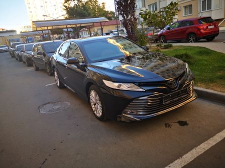 Toyota Camry 2019 - отзыв владельца
