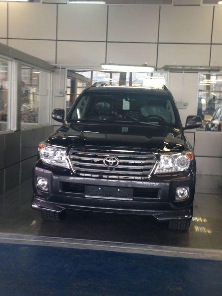 Toyota Land Cruiser 2014 - отзыв владельца