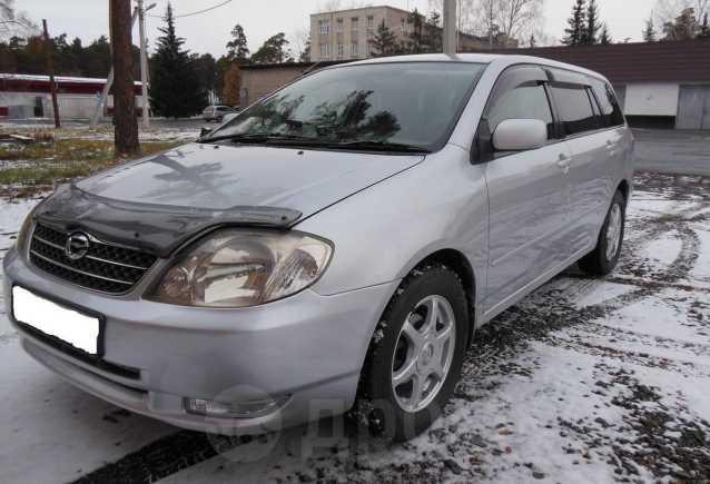 Toyota Corolla Fielder, 2000 год, 275 000 руб.