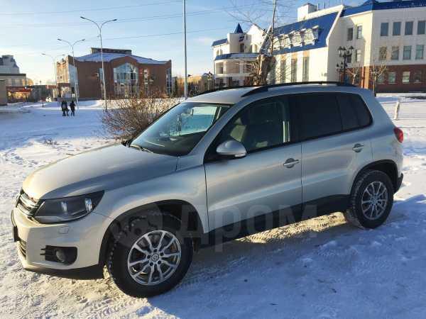Volkswagen Tiguan, 2012 год, 655 000 руб.
