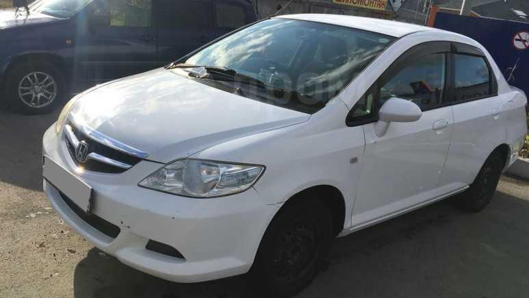 Honda Fit Aria, 2006 год, 299 000 руб.