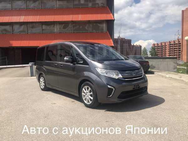 Honda Stepwgn, 2016 год, 1 100 000 руб.