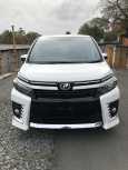 Toyota Voxy, 2016 год, 1 390 000 руб.