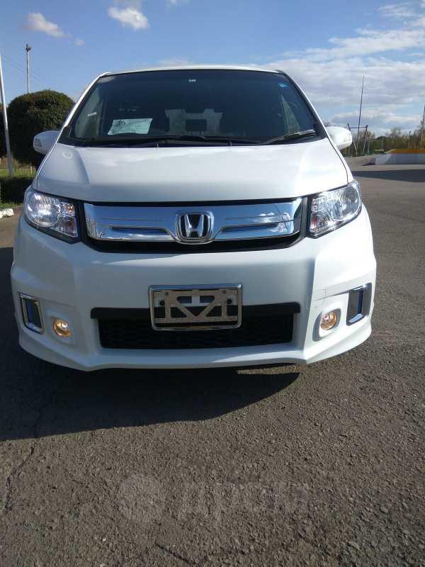 Honda Freed Spike, 2014 год, 787 000 руб.