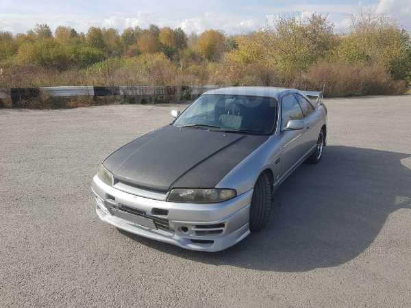 Nissan Skyline, 1998 год, 280 000 руб.