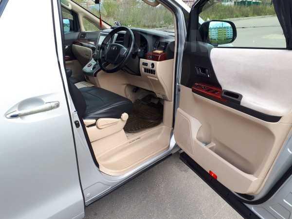 Toyota Alphard, 2009 год, 1 270 000 руб.
