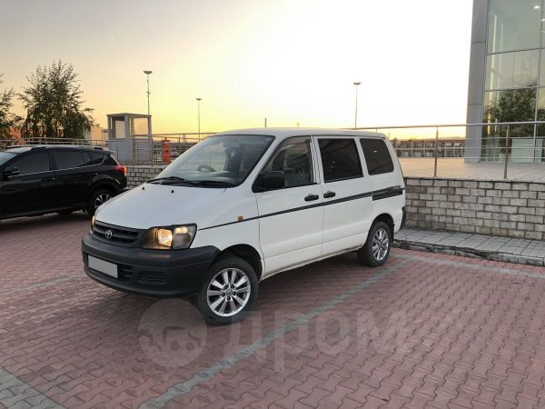 Toyota Town Ace, 2002 год, 340 000 руб.