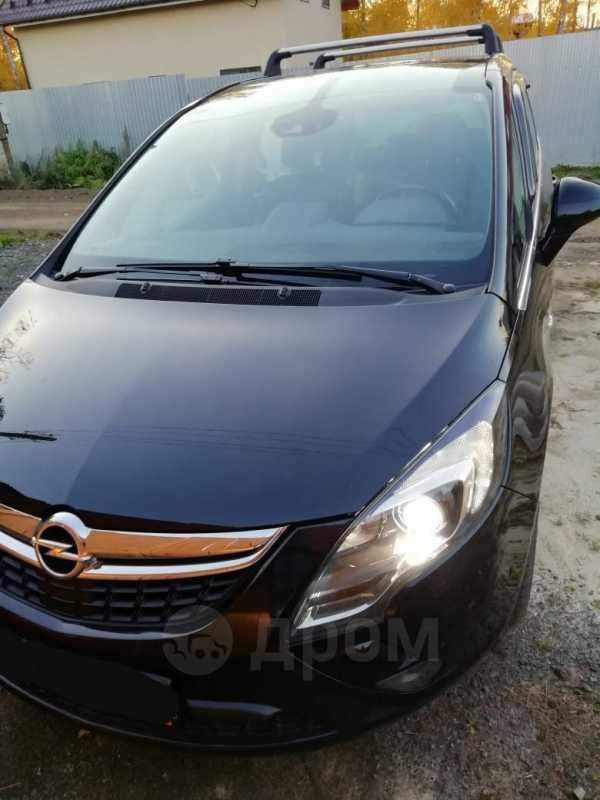 Opel Zafira, 2012 год, 800 000 руб.