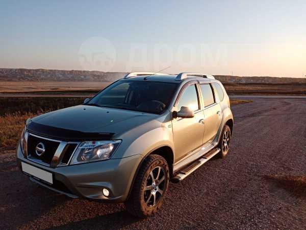 Nissan Terrano, 2015 год, 798 000 руб.