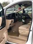 Toyota Alphard, 2012 год, 1 850 000 руб.