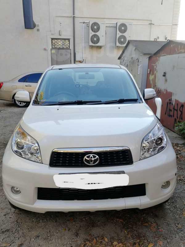 Toyota Rush, 2011 год, 820 000 руб.