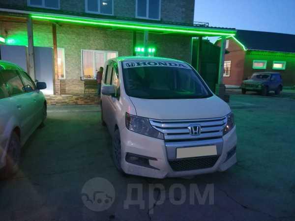 Honda Stepwgn, 2012 год, 950 000 руб.