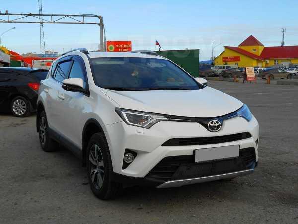 Toyota RAV4, 2016 год, 1 800 000 руб.
