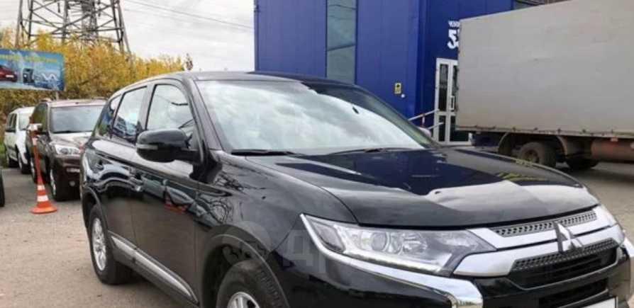 Mitsubishi Outlander, 2018 год, 1 630 000 руб.