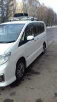 Nissan Serena, 2013 год, 850 000 руб.