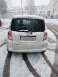 Toyota Ractis, 2010 год, 380 000 руб.