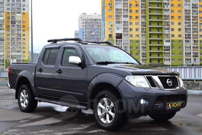 Nissan Navara, 2012 год, 925 000 руб.