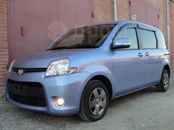 Toyota Sienta, 2014 год, 785 000 руб.
