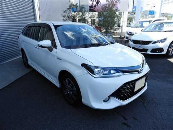 Toyota Corolla Fielder, 2017 год, 541 000 руб.