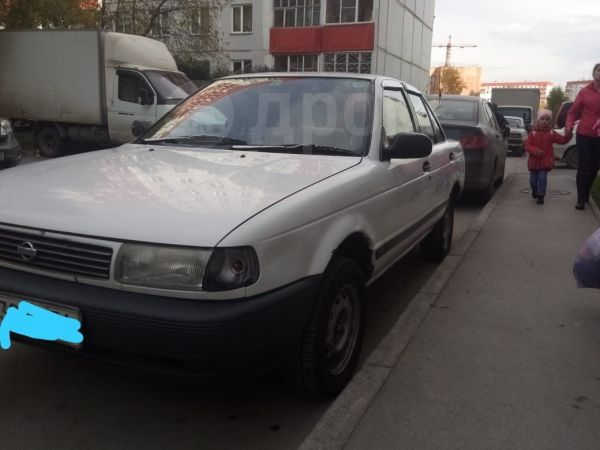 Nissan Sunny, 1992 год, 100 000 руб.