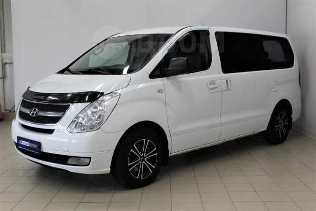 Hyundai Grand Starex, 2010 год, 999 000 руб.