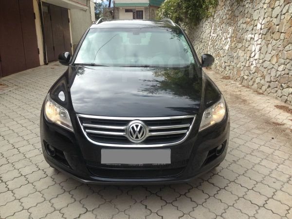 Volkswagen Tiguan, 2010 год, 790 000 руб.