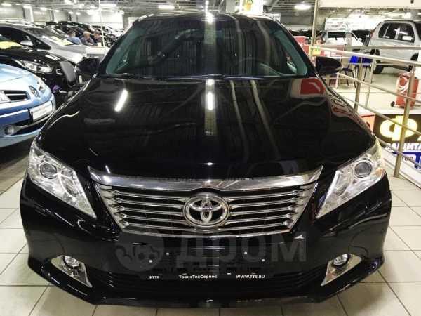 Toyota Camry, 2012 год, 989 000 руб.