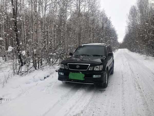 Toyota Land Cruiser Cygnus, 2001 год, 1 080 000 руб.