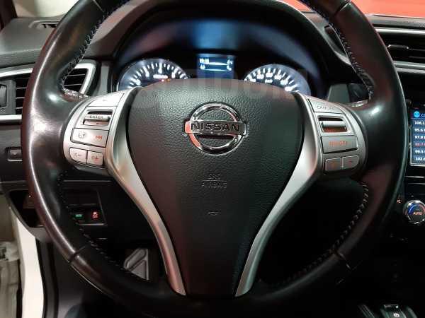 Nissan Qashqai, 2015 год, 1 179 900 руб.
