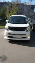 Toyota Voxy, 2007 год, 670 000 руб.