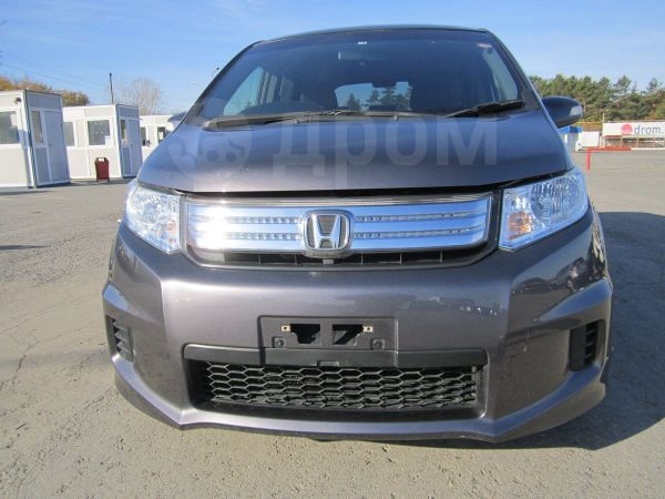 Honda Freed Spike, 2013 год, 808 000 руб.