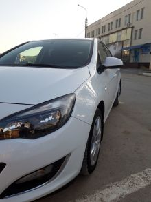 Волгоград Opel Astra 2012