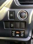 Toyota Voxy, 2015 год, 1 225 000 руб.