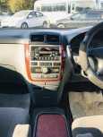 Toyota Ipsum, 2002 год, 569 000 руб.