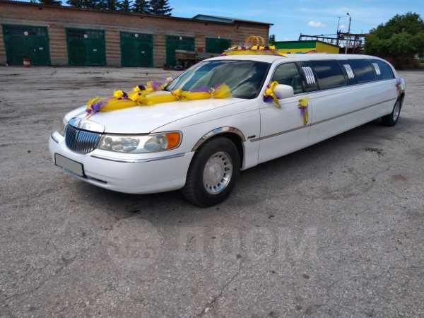 Lincoln Town Car, 2001 год, 750 000 руб.