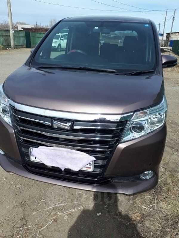 Toyota Noah, 2014 год, 1 230 000 руб.