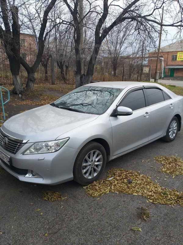 Toyota Camry, 2012 год, 955 000 руб.