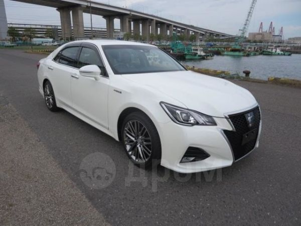 Toyota Crown, 2017 год, 1 241 000 руб.