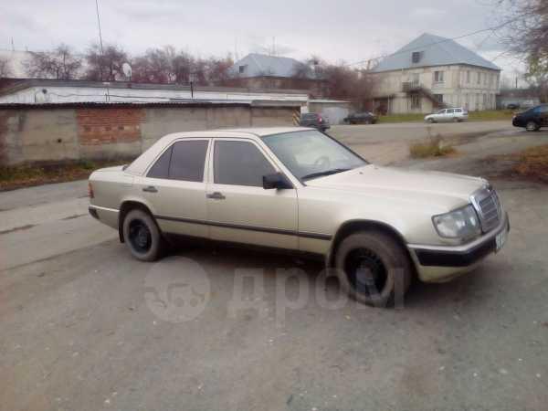 Mercedes-Benz C-Class, 1988 год, 160 000 руб.