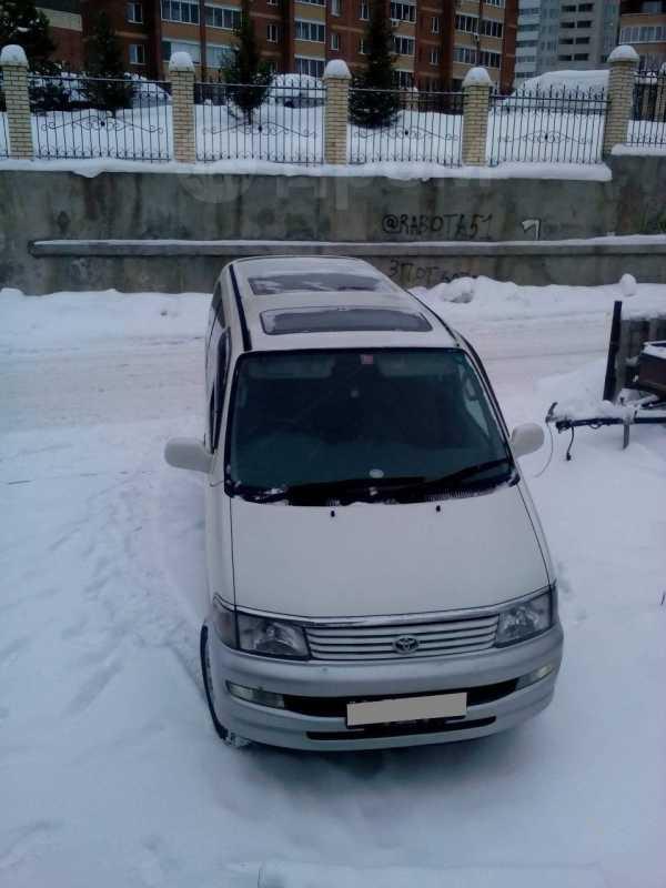 Toyota Hiace Regius, 1997 год, 448 000 руб.