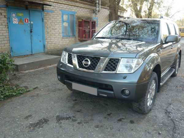 Nissan Pathfinder, 2005 год, 748 000 руб.