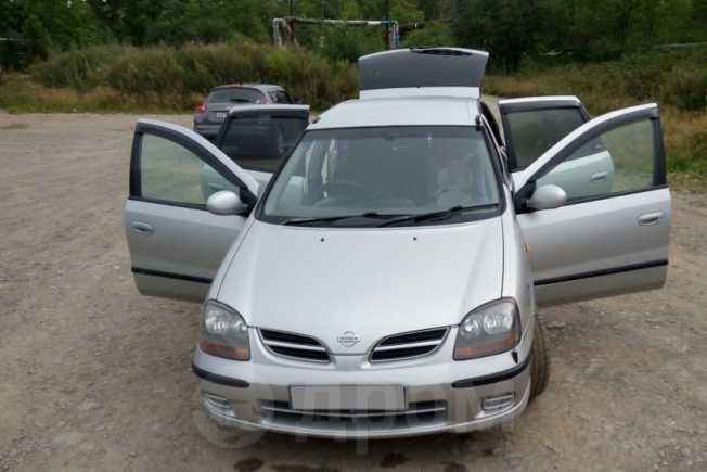 Nissan Tino, 1999 год, 235 000 руб.