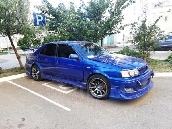 Nissan Bluebird, 1998 год, 300 000 руб.