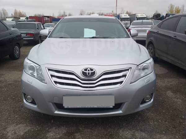 Toyota Camry, 2010 год, 640 000 руб.