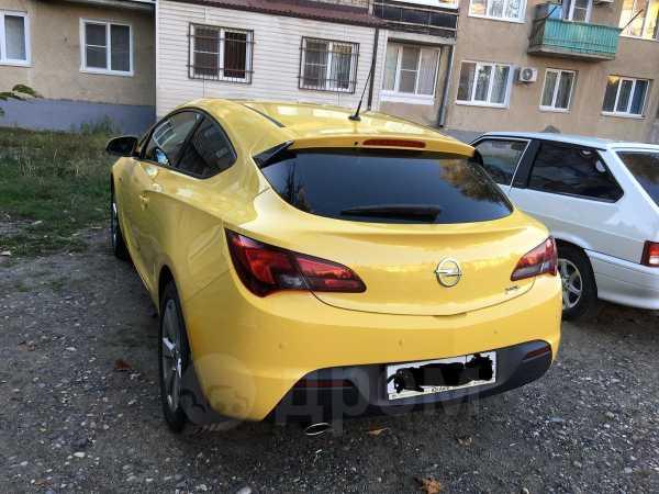 Opel Astra GTC, 2013 год, 615 000 руб.