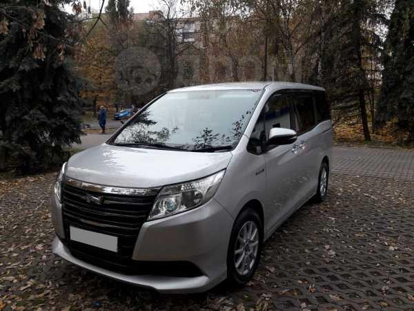 Toyota Noah, 2015 год, 1 280 000 руб.